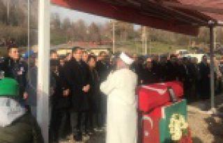 Vali Memiş, Afrin şehidini son yolculuğuna uğurladı