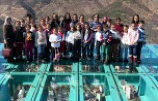 Cam Seyir Terasına 85 günde 20 bin ziyaretçi