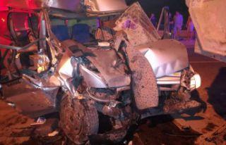 Nöbetten dönen güvenlikçiler kaza yaptı: 1 ölü,...
