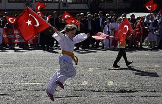 Gümüşhane'de Cumhuriyet Bayramına coşkulu kutlama