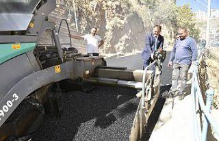 Kıbrıs Caddesi asfaltlandı