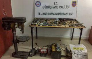 Kürtün'de kaçak silah imalathanesine baskın