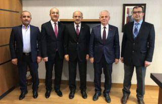 Rektör Zeybek'ten Milletvekili Işık'a ziyaret