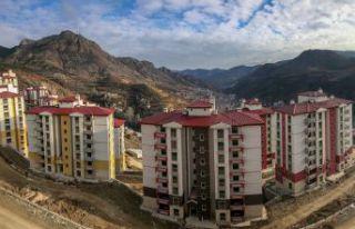 TOKİ'nin 530 konut projesinde çalışmalar son...