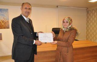 Mantar Yetiştiriciliği kursiyerleri sertifikalarını...