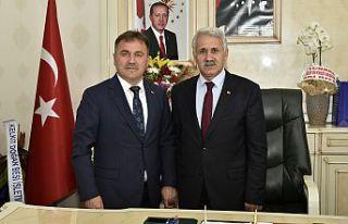 Başkan Çimen'den Belediye Başkanlarına tebrik...
