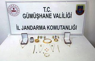 Evden 50 bin liralık altın çalan hırsızlar Trabzon'da...
