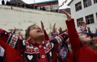 Gümüşhane'de 23 Nisan Ulusal Egemenlik ve Çocuk...