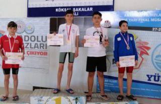 Yüzmede Türkiye finalindeyiz