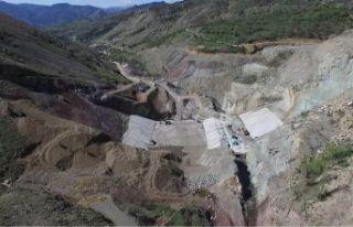 Bahçecik barajında çalışmalar devam ediyor