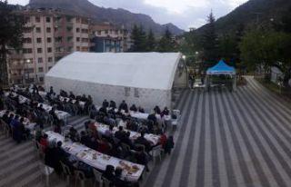 Belediye'den günde 500 kişiye iftar