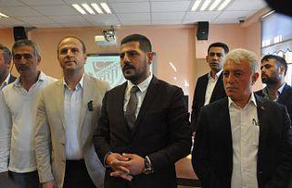 Gümüşhanespor'un yeni başkanı Yunus Emre Durmuş...