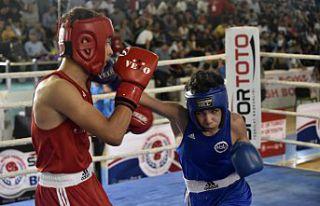 Üst Minikler Türkiye Ferdi Boks Şampiyonası Gümüşhane'de...