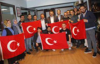 AK Gençlik'ten Barış Pınarı Harekâtına destek...