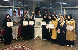 Arapça kursunu bitirenlere sertifikaları verildi