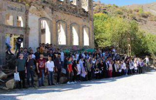 Avrasya Üniversitesi Mimarlık Bölümü öğrencilerinden...