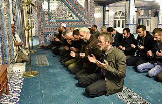 Gümüşhane'de eller semaya Barış Pınarı harekatı...