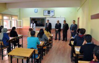 Bin 213 öğrenciye deneme sınavı