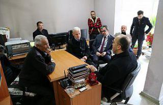 Rektör Zeybek'ten yerel gazetelere ziyaret