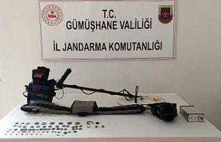 Gümüşhane'de Jandarma ekipleri 70 adet sikke...