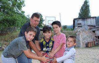 Çocukların 'Pota' isteğini Gençlik Spor geri...