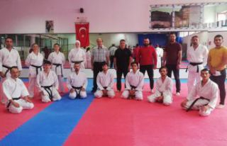 Karate aday hakem kursu tamamlandı