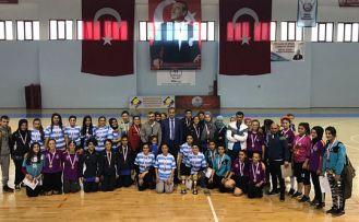 Okullar arası Futsal genç kız müsabakaları sona erdi