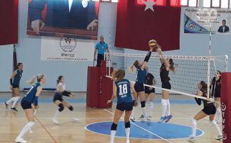 Gümüş Kızlar lidere direnemedi: 0-3