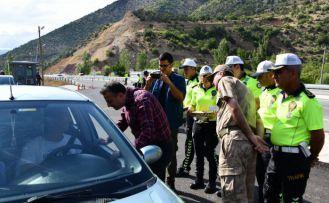 Vali Taşbilek Kurban Bayramı tatilinde alınan trafik tedbirlerini denetledi