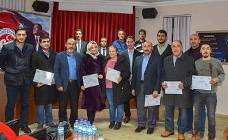 Girişimci adayları belgelerini aldı