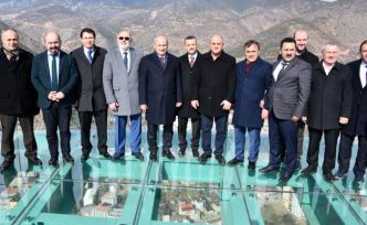 Ulaştırma ve Altyapı Bakanı Mehmet Cahit Turhan Gümüşhane'de