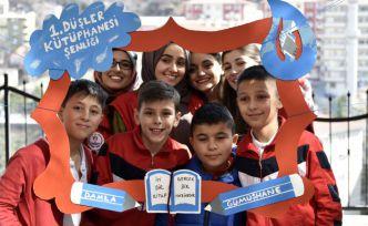 Damla Gönüllülerinden Gümüşhane'de 1.Düşler Kütüphanesi Şenliği