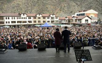 Gümüşhane'de Başkan Çimen'e destek konseri