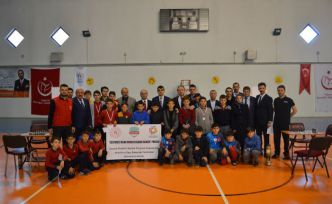 Torul'da 'Eğitimsiz insan ruhsuz bedene benzer' projesi başladı