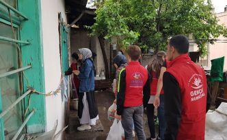 Gönüllü gençlerden çok güzel hareketler