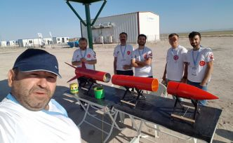 Gümüşhane'nin 'Türk Kırmızısı' roketi TEKNOFEST'te