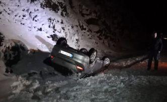 Pekün dağında otomobil takla attı: 3 yaralı