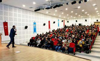 GÜ'de öğrencilere 'Sıfır Atık Eğitimi' verildi