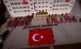 Kelkit'te Mehmetçik için muhteşem koreografi