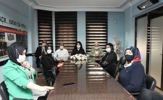 AK Parti Kadın Kollarından Dilipak'a suç duyurusu