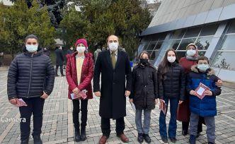 18 Mart'a Atatürk Ortaokulu damgası