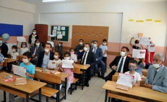 Gümüşhane'de 19 bin 243 öğrenci karne aldı