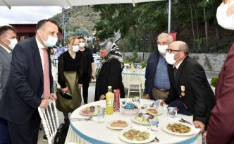 Gümüşhane'de şehit aileleri ve gaziler onuruna yemek verildi