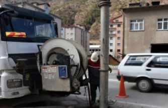 Gümüşhane'de kanalizasyonlar temizleniyor