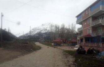 Gümüşhane'de 165 kişinin yaşadığı köyde karantina devam ediyor