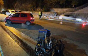 Otomobil kurye motoruyla çarpıştı: 1 ölü