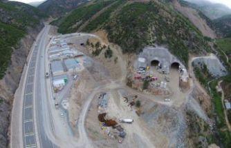 Yeni Zigana Tünelinin yüzde 48'i tamamlandı