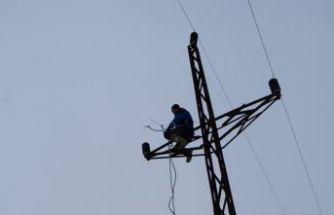 ÇORUH EDAŞ ekipleri zorlu hava şartlarında görev yapıyor