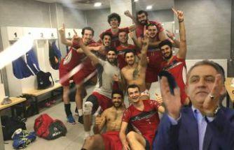 Torul Gençlik adım adım Efeler Ligine: 3-0