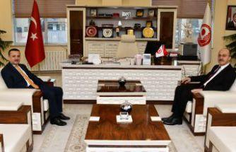Vali Taşbilek'ten Rektör Zeybek'e iade-i ziyaret